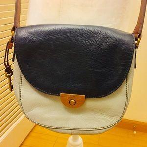 Fossil Emi Leather Saddle Bag Crossbody A1308